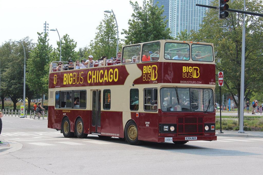 Big Bus Chicago LO104