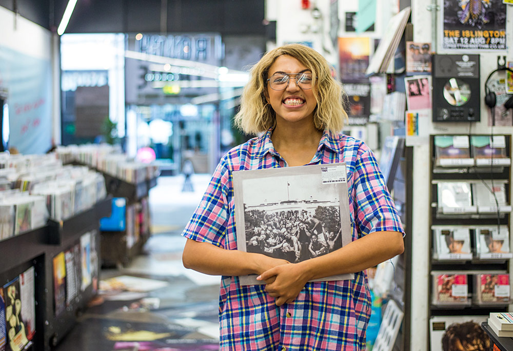 Record Shopping w/Mahalia