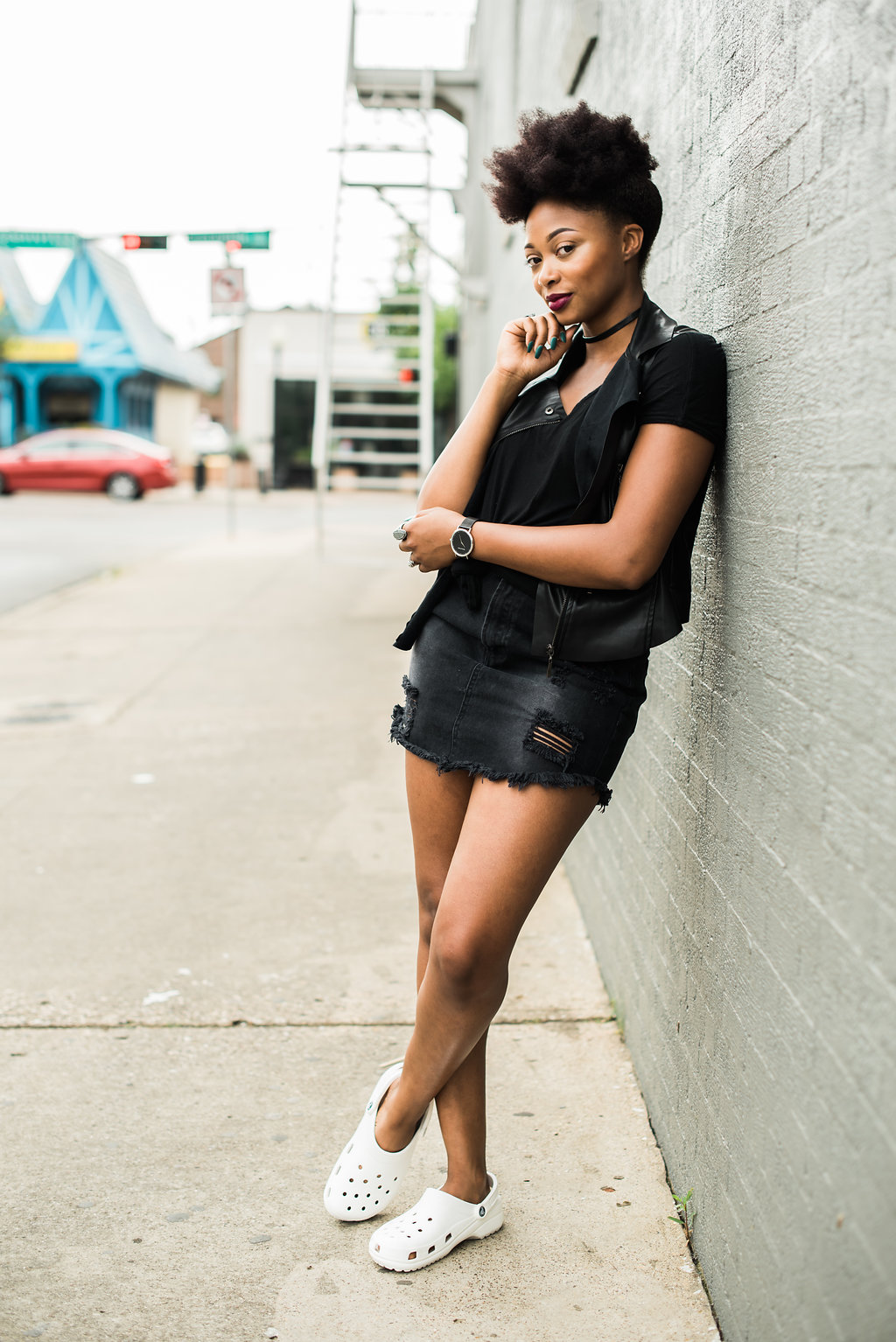 how to wear a black denim skirt, the beauty beau