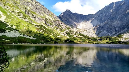 vysokétatry hightatras nature landscape mountain reflection lenovo motog5 water slovakia