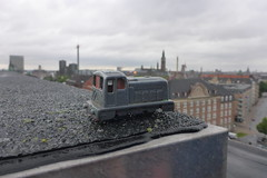 DieselDucy on roof of abandoned post office