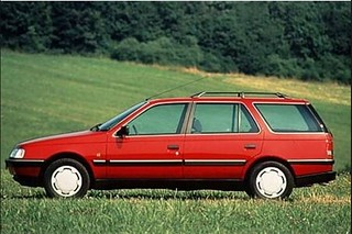 Peugeot_405Break_1987_R2