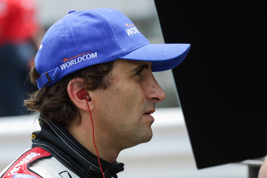 Alex Zanardi watches timing & scoring from the Mo Nunn Racing pits during Friday practice for the 2001 CART race in Portland