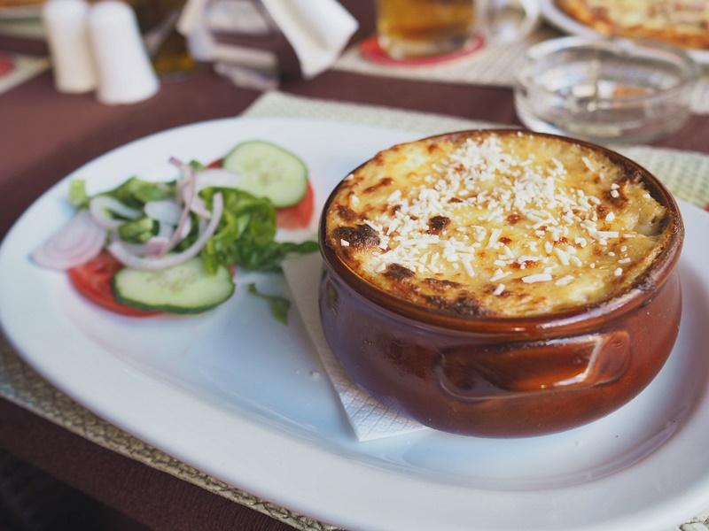 mussaka-kreikkalainen-ruoka