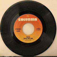 TOTO:HOLD THE LINE(RECORD SIDE-A)