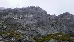 Drugi wyciąg drogi Serdela (III), prowadzi Rafal. Po lewej od stanowiska widać żółte plamy.