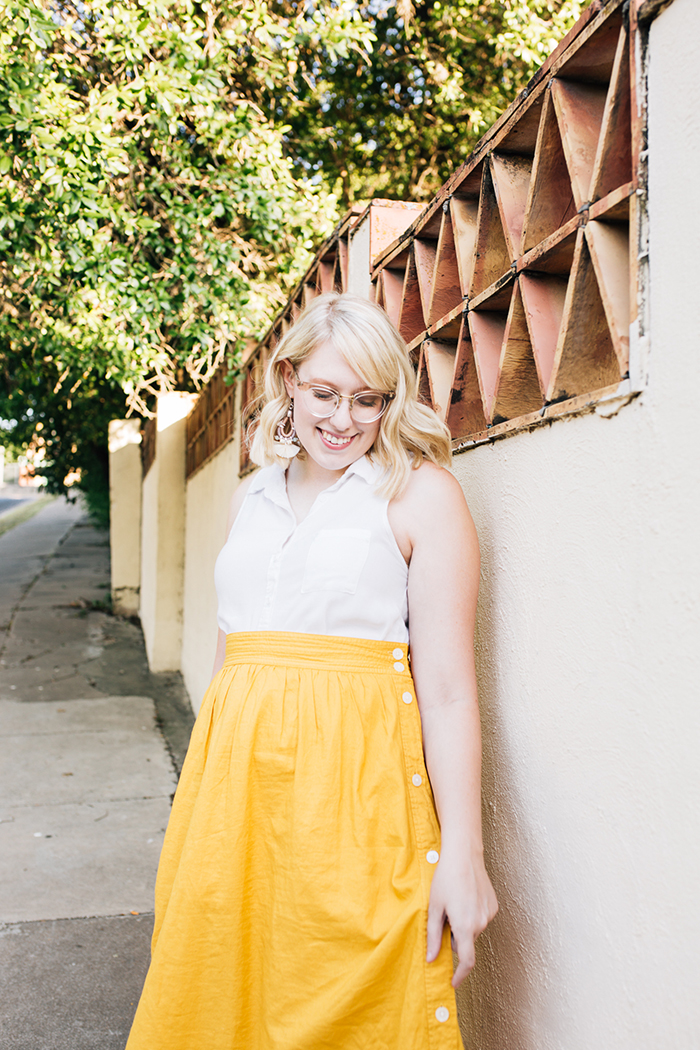 austin fashion blogger writes like a girl madewell yellow midi skirt9