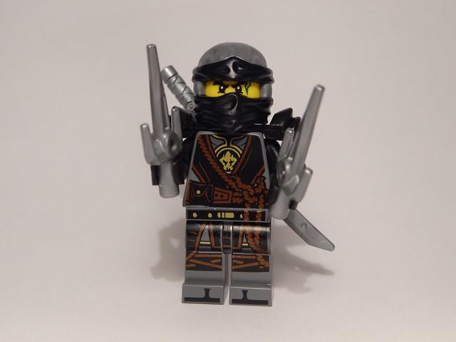 Mini-recenzja #16 – Magazyn Lego Ninjago 72017 7