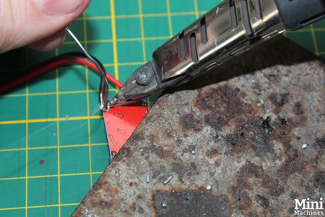 Construire un panneau solaire à 5€ - 059