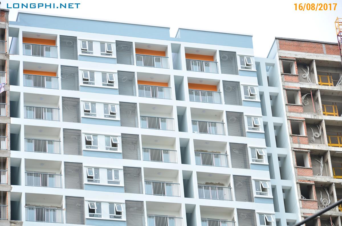 Mặt trong tháp Nam M2 - Jamona Apartment đang sơn hoàn thiện.