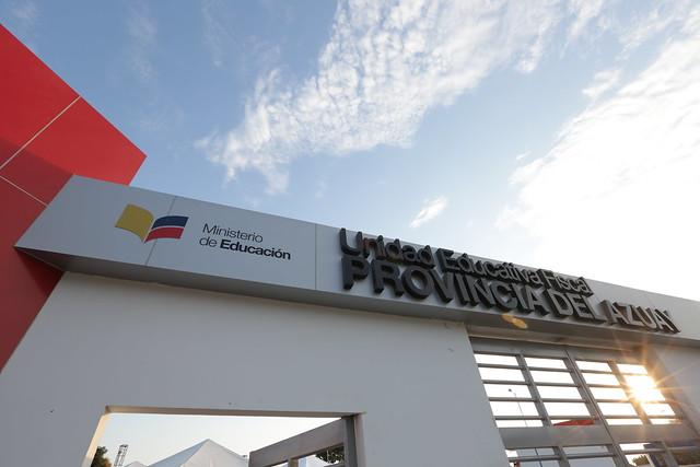 Inauguración UE Provincia del Azuay - Guayaquil