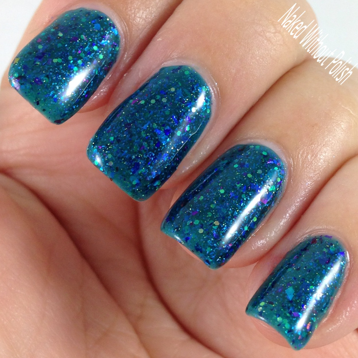 Anchor-and-Heart-Lacquer-Sparkle-On-Darling-8