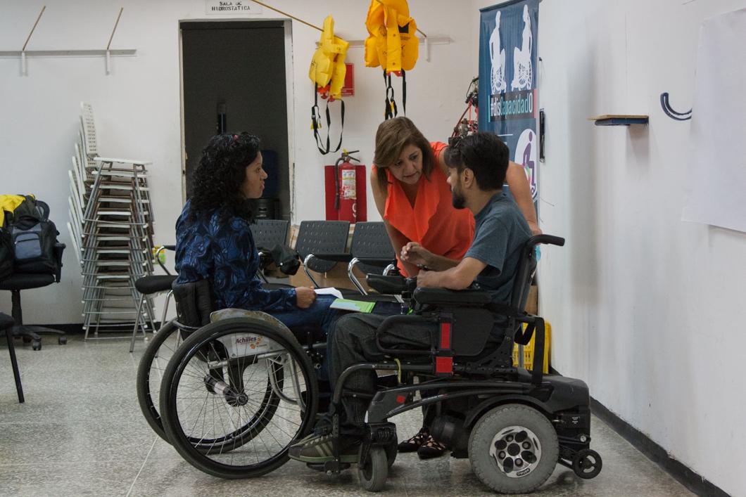 Taller en Maiquetía: Trato y Atención de Calidad a Personas con Discapacidad