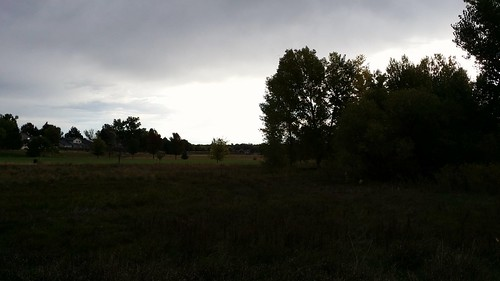 #tommw 60F mostly cloudy. Calm