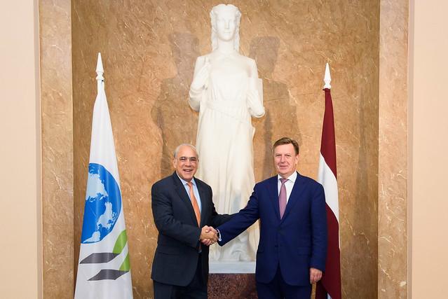 Ministru prezidents Māris Kučinskis tiekas ar OECD ģenerālsekretāru Anhelu Guriju (Angel Gurría)