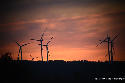 amateurphotographer amateurphotography sunset sunsets farmlife upstatenewyork adirondacks windmills landscapephotography naturephotography photography wouldntwanttobeanywhereelse beautiful wow country countrylife nature fields cornfields corn