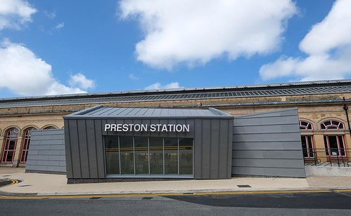 New Butler Street entrance to the Preston Railway Station by AHR