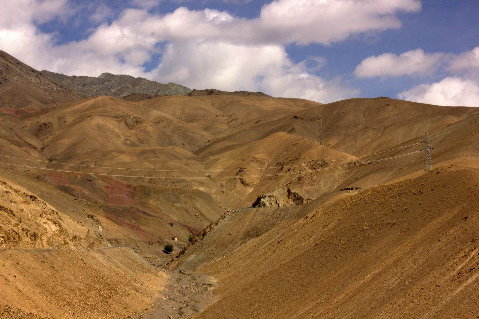 Stark landscape seen while reaching Ladakh by road