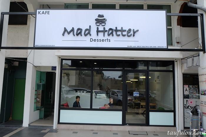 Mad Hatter Desserts (1)