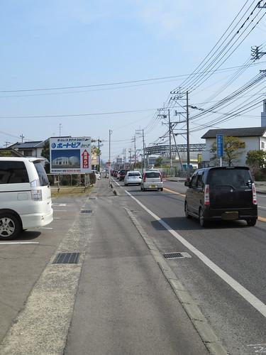 神埼駅通りバス停付近