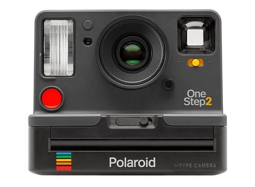 Le OneStep 2 : Polaroid est de retour avec un nouveau boîtier instantané et un nouveau type de film