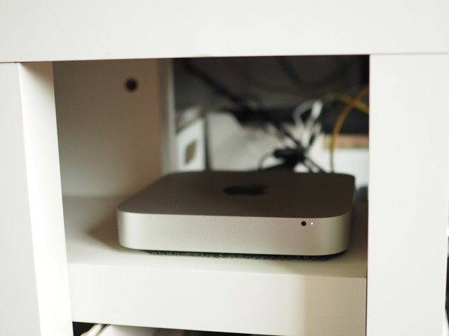 mac_mini_desk01