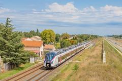 07 août 2017  B 85041-85047  Train 3831 Nantes -> Bordeaux  Gauriaguet (33) - Photo of Cavignac
