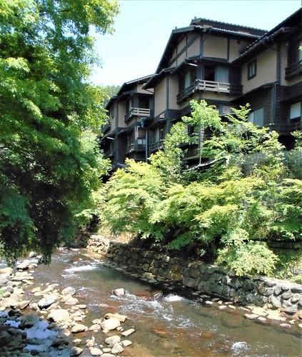 jp-kurokawa-onsen 1 (2)