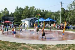 Grand opening of Splash Pad / Inauguration officielle d'une aire de jeux d'eau