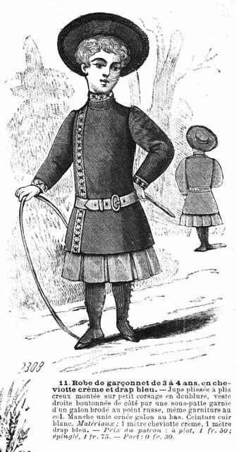 Robe de garçonnet de 3 à 4 ans, en cheviotte crème et drap bleu