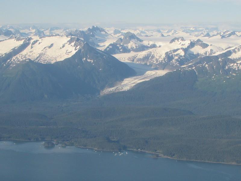 ... and a nice glacier!