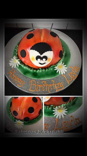Cake by Sabrina Volkart
