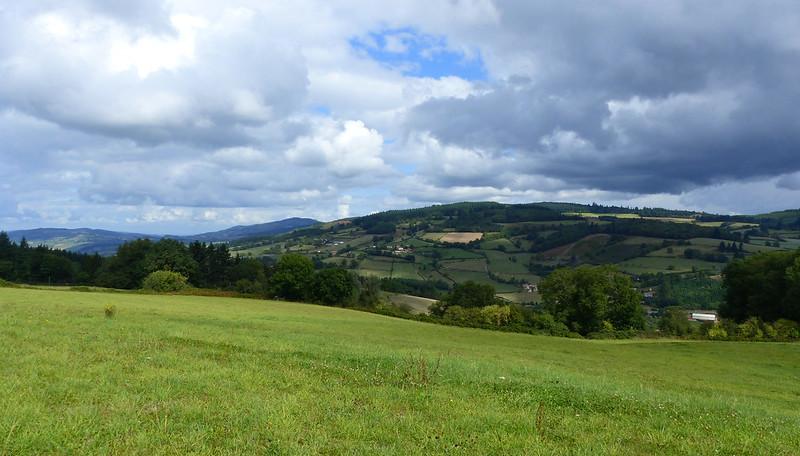 A travers le Bourbonnais, le Beaujolais et la Bourgogne... 36526006213_3dd78915f7_c