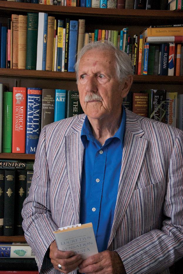 Nhà văn khoa học viễn tưởng lớn của nước Anh qua đời ở tuổi 92