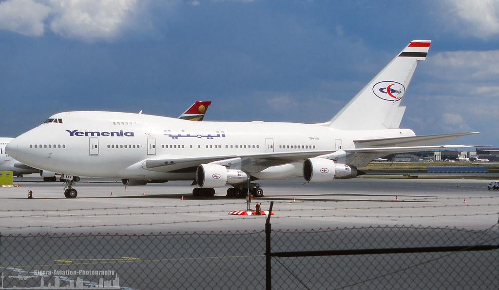 747 in FRA - Page 10 36753780316_c58cfff16c_b