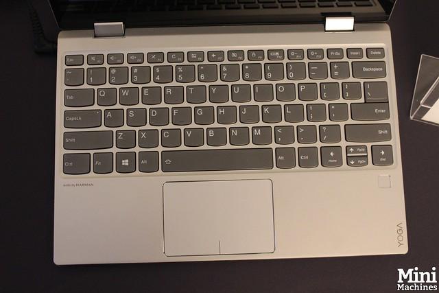 Lenovo Yoga 520 - 04