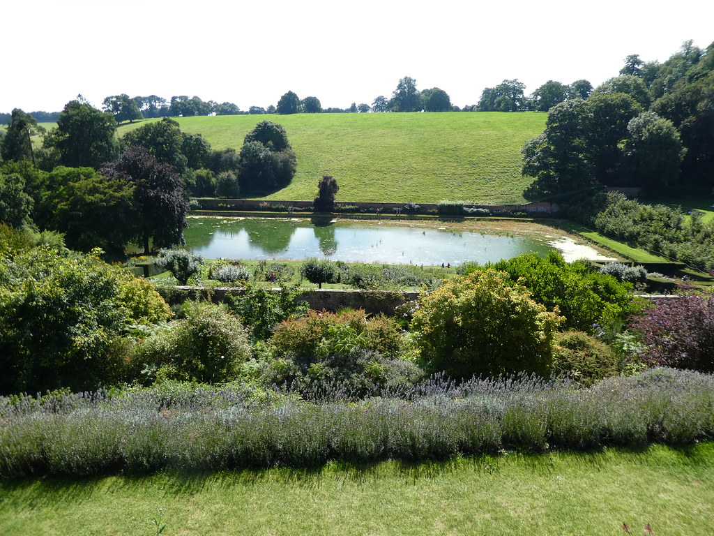 The Terrace Garden, Upton House