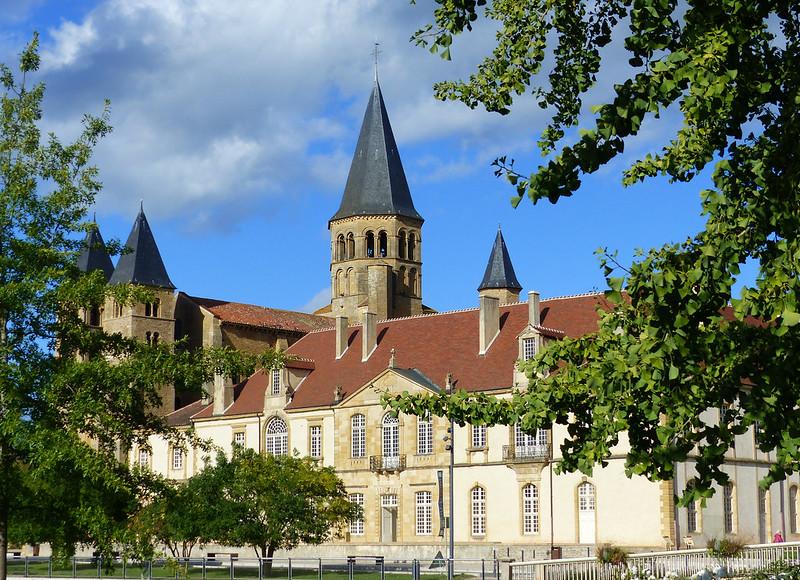 A travers le Bourbonnais, le Beaujolais et la Bourgogne... 36929434470_3e0baf5617_c