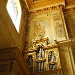 Golden organ