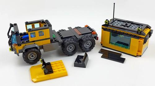LEGO City Jungle 60160 Jungle Mobile Lab 49