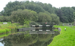leeds liverpool canal bridges