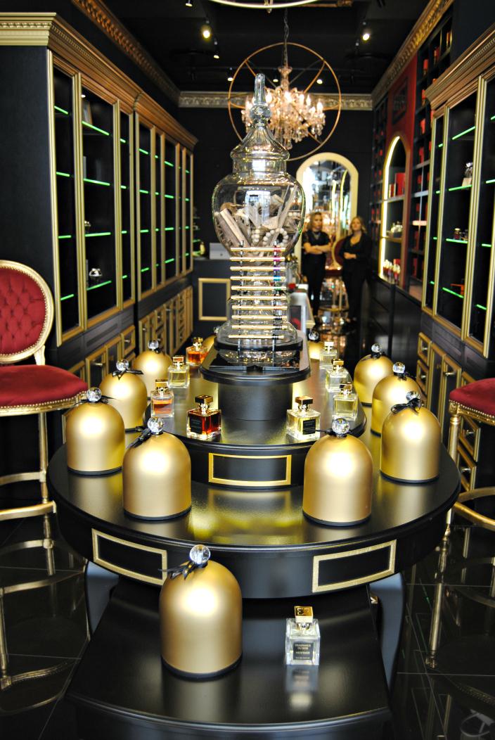 Fragrance du Bois Geneva (001b)