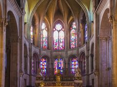 Le chœur roman de la cathédrale Saint-Jean
