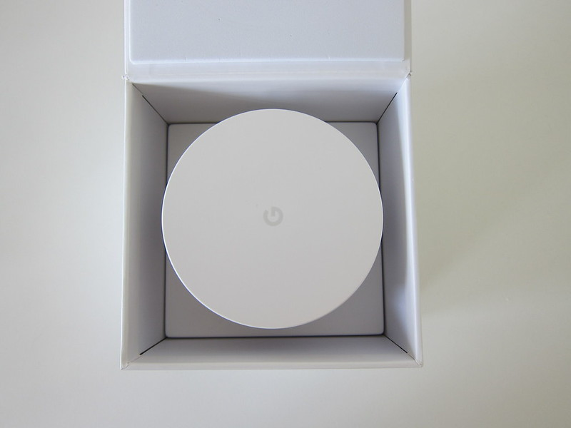 Google Wifi - Box Open