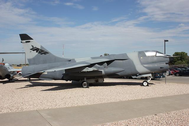 YA-7F 70-1039