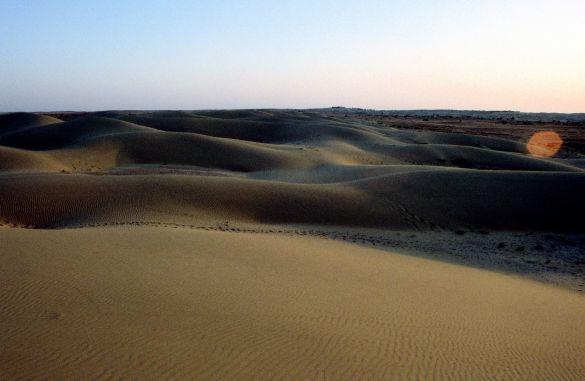040-1TharwoestijnRajasthanIndia1995