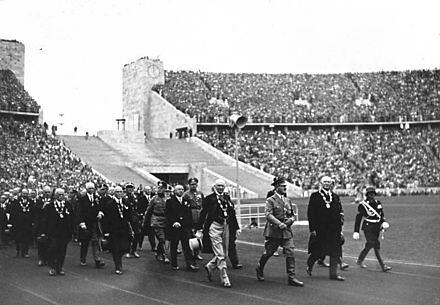 440px-Bundesarchiv_Bild_146-1976-033-17,_Berlin,_Olympische_Spiele