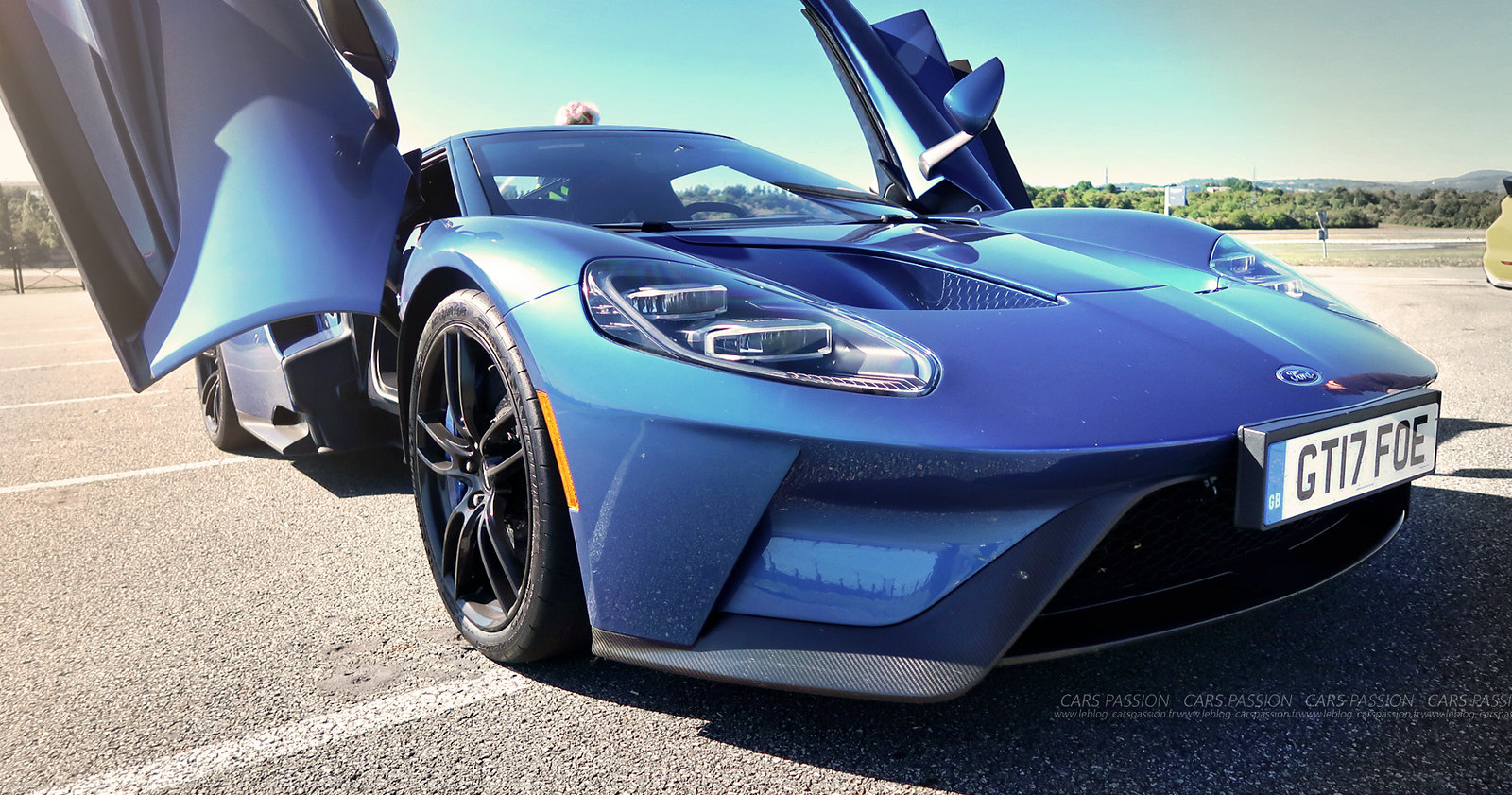 Ford-GT-2017-bleue9