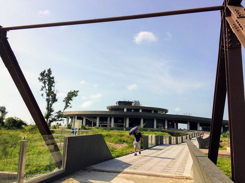 高美濕地遊客中心
