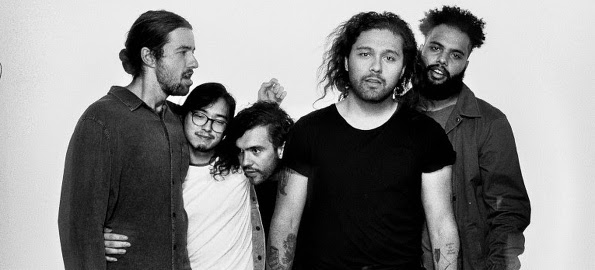 (Charity!) Live Gig Video: Gang of Youths' David Le'aupepe plays acoustic version of Ryan Adams' 'My Winding Wheel' for Bedstock 2018 - There Goes The Fear, a UK/US/IE Music Web site